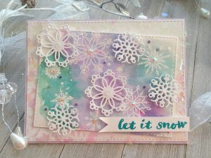 Read more about the article Pastel Painted Panel With Lacey Snowflakes