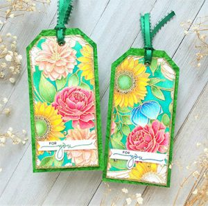 Read more about the article Floral Mix Tags